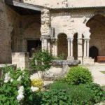 Abbaye-saint-amant-de-boixe-location-salle-cloitre-03