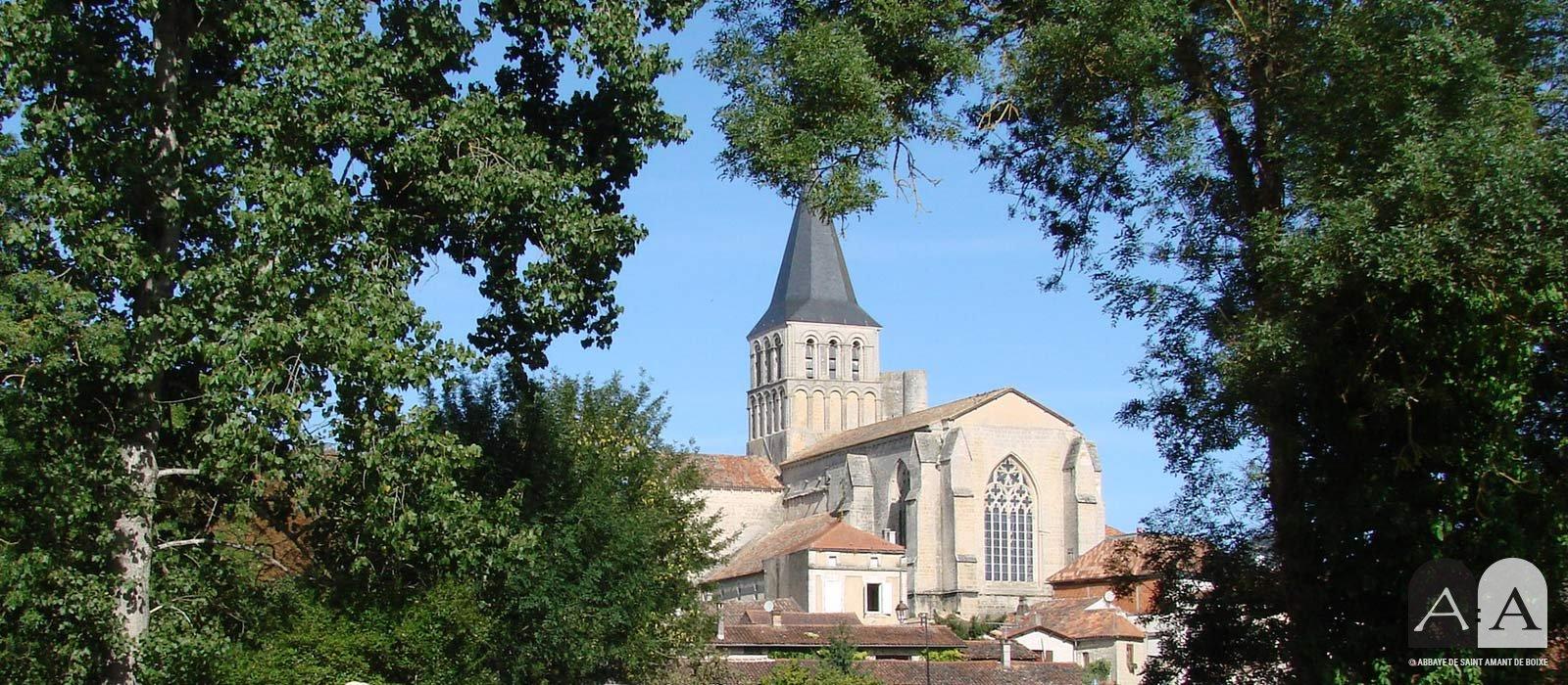 Abbaye Saint Amant de Boixe